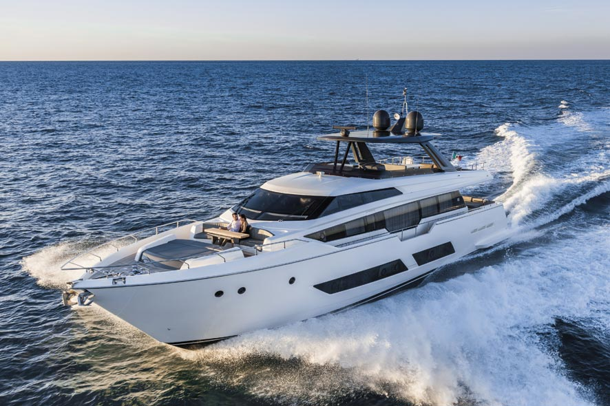ferretti-yachts-850-nav-465