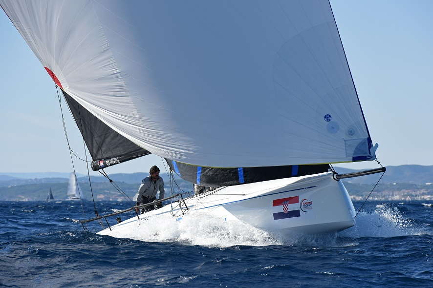 European Yacht of the Year 2019 Barcelona Trials 15 October 2019 Swan 36 Club - EYOTY Kategorie Race Yacht