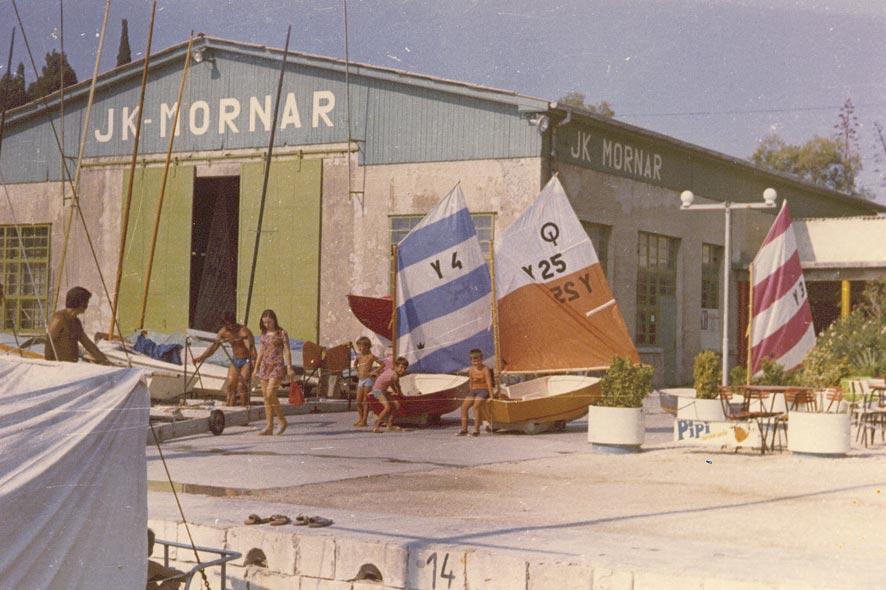 mornar1