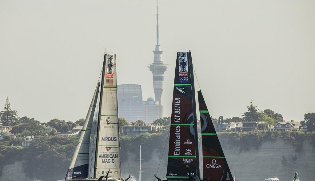 19/12/20 - Auckland (NZL) 36th America's Cup presented by Prada Race Day 3 Emirates Team New Zealand, New York Yacht Club American Magic