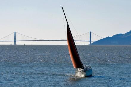 sailboat-1634874_1920